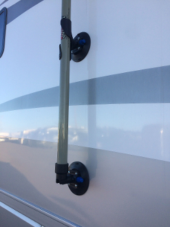 Suction Cup Kit ~ 2.0 Mts and 22' Fiberglass Pole